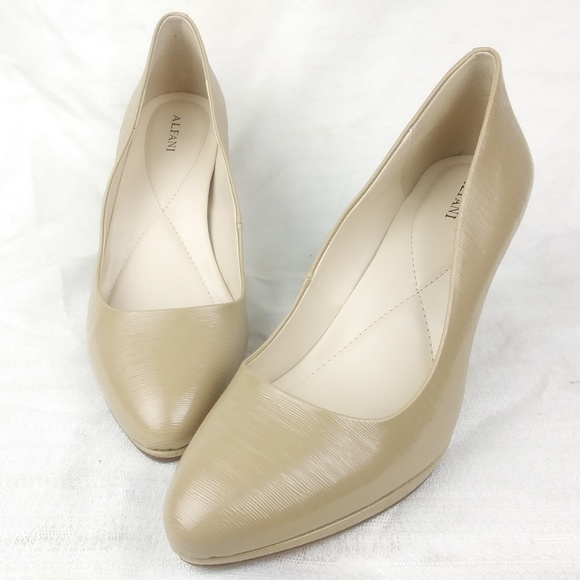 ad7b0657ebaf Alfani Glorria Nude Classic Pumps Heels 9M